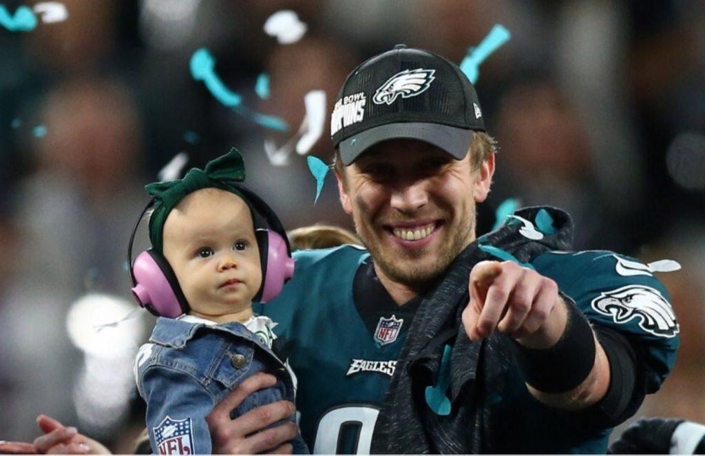 Il Quarterback degli Eagles Nick Foles (foto USA Today Sports)